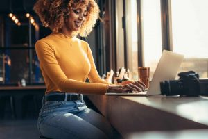 Finding the Best Paying Freelancer Jobs in 2020: Fiverr vs. Upwork vs. Symposium