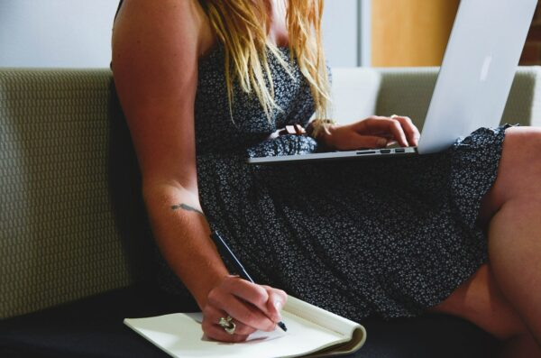 How to Outsource Freelance Writing
