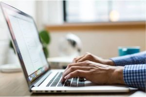 Online writing jobs in Kenya: 10 best freelance sites for writers