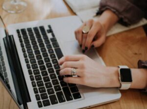 Freelance News, Freelance Tips, Freelance SEO Specialist