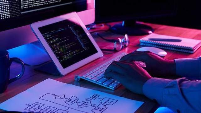 Freelance News, Freelancing Resources, Freelancing Skills, Freelancing Tips, Guide on Hiring Freelance Web Developer