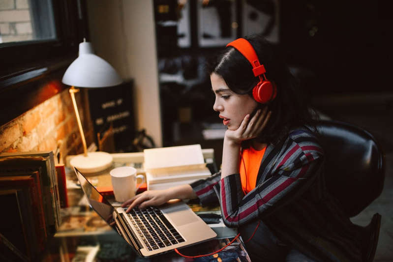 Freelance News, Freelance Resources, Freelance Skills, Freelance Tips, Side Hustle for Extrovert